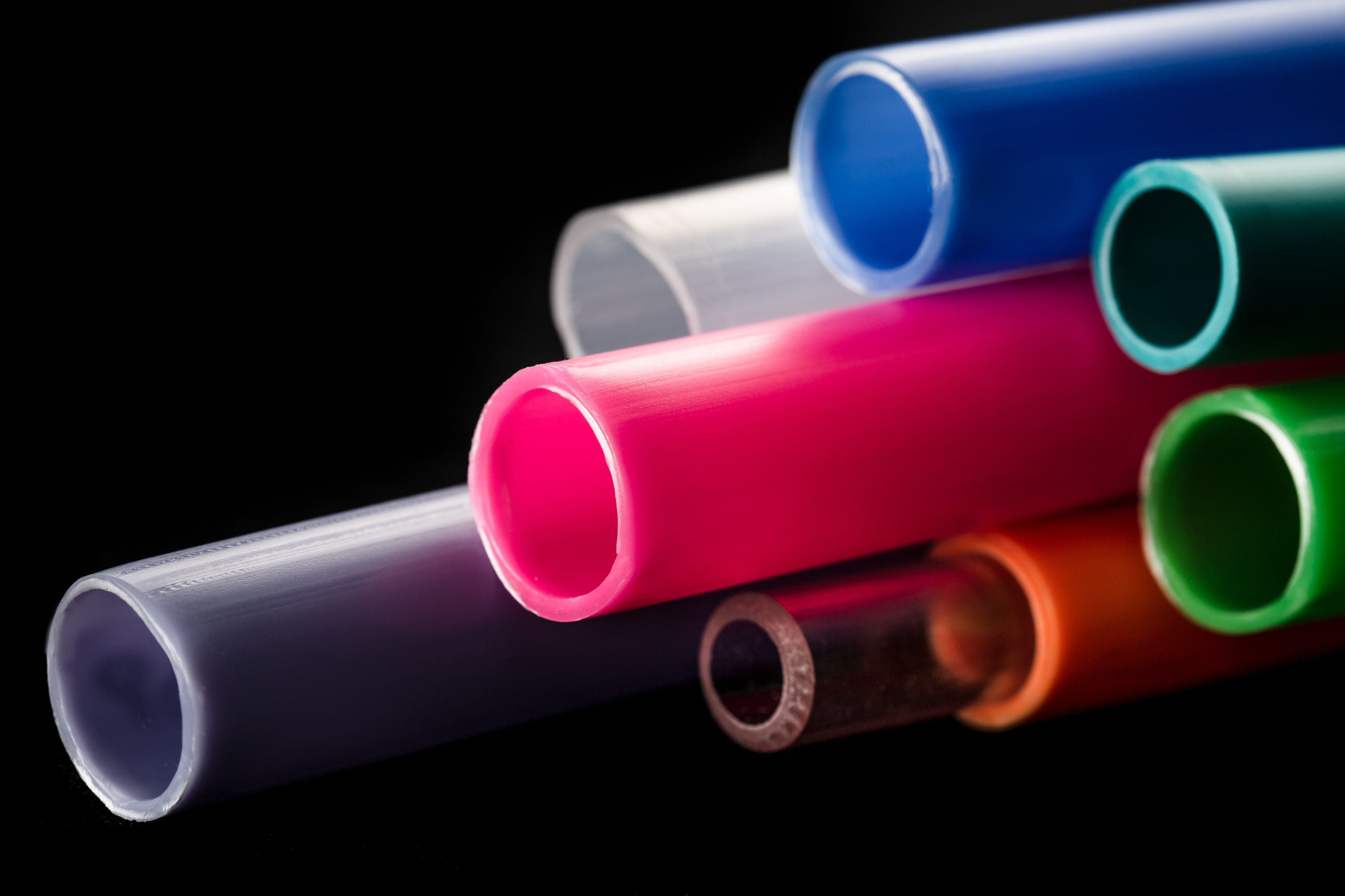 custom coloured plastic tube manufacture