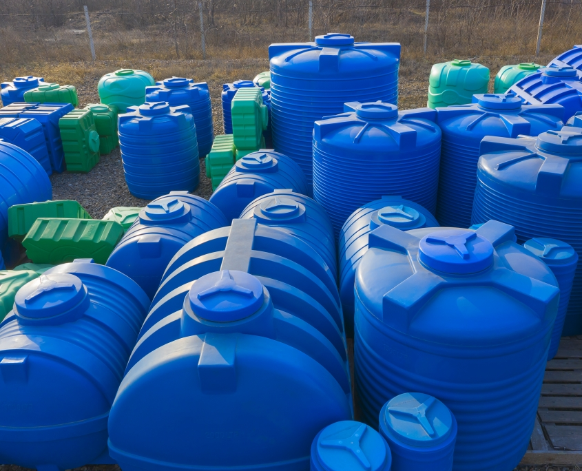 Example of rotomoulded plastic tanks for water and chemical liquids